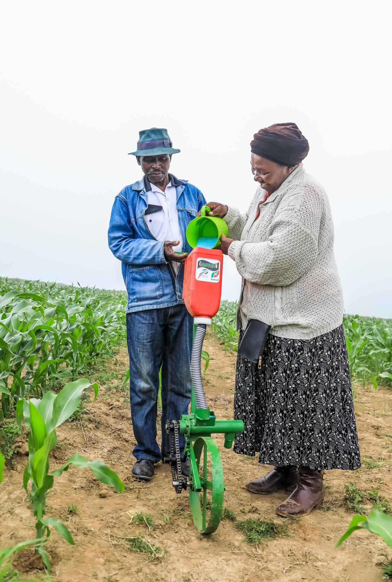 Backsaver Farm Equipment for fertiliser application