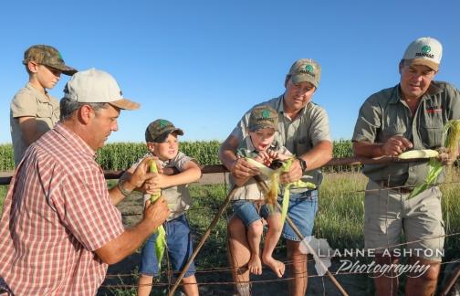 Farm kids (7)