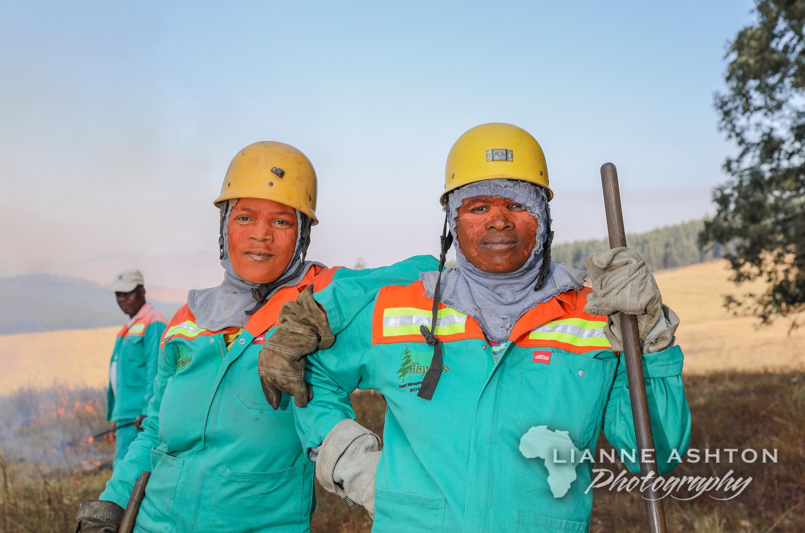 Women fire fighers (3)